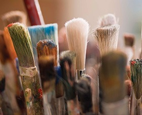 patient-support-art-therapy-image-link
