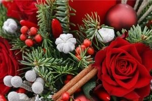 Christmas Cheer Flower Arranging Event